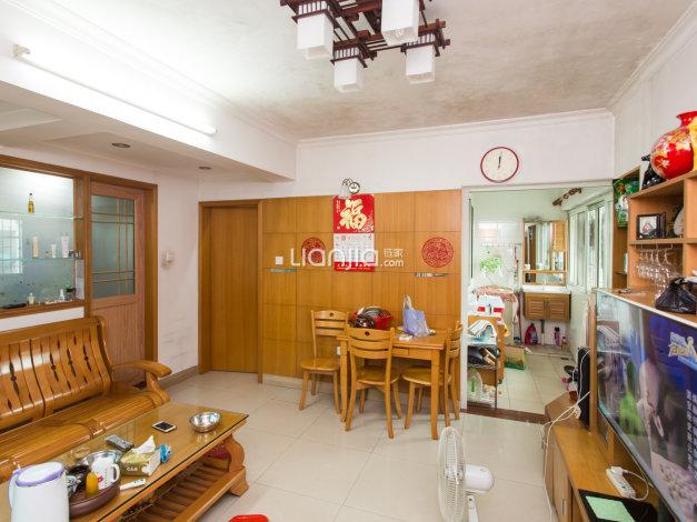 云东花园 高层两房 精致装修 明屋 带平台 证满五年