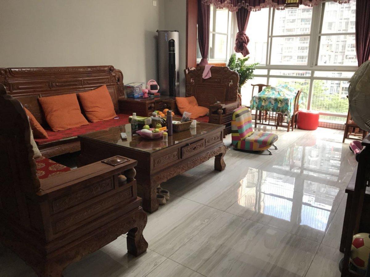 芳村 四季花园 新收 标准三房户型 南向望花园 价钱有得商量