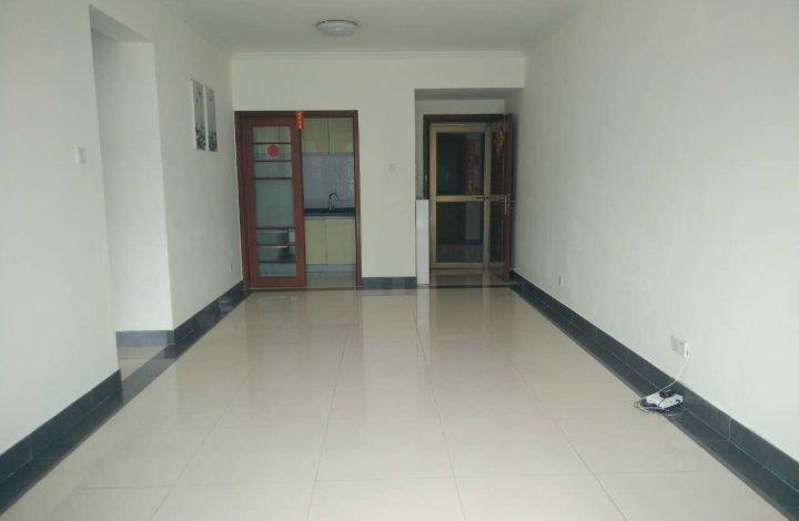 中海康城 嘉兰街 位置安静 南向高层两房  装修保养好