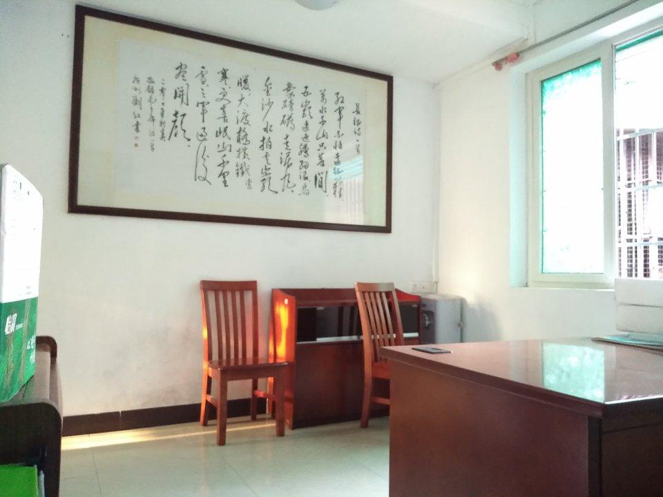 丹桂里新盘有钥匙全明房可随时看。