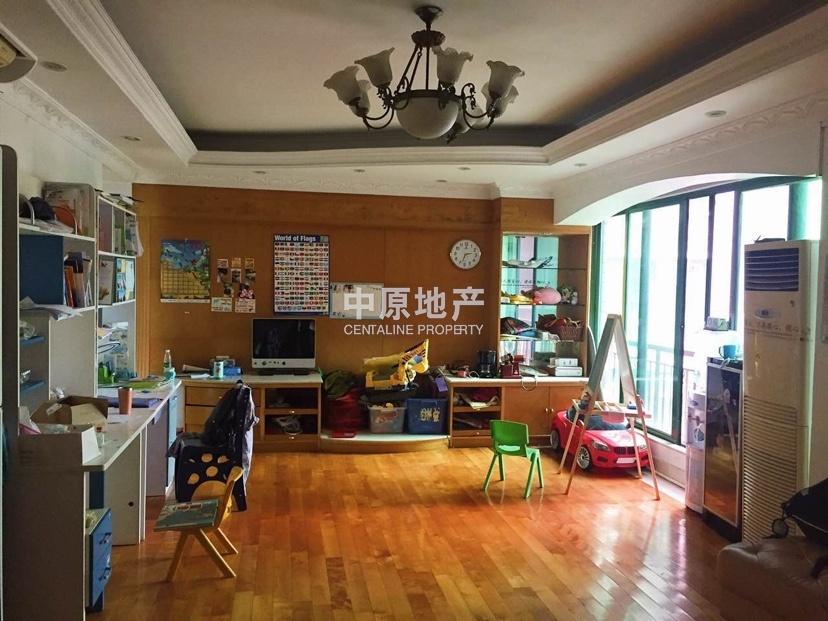 真房源无水分 锦城花园小区 交通方便 环境优美 即买即住