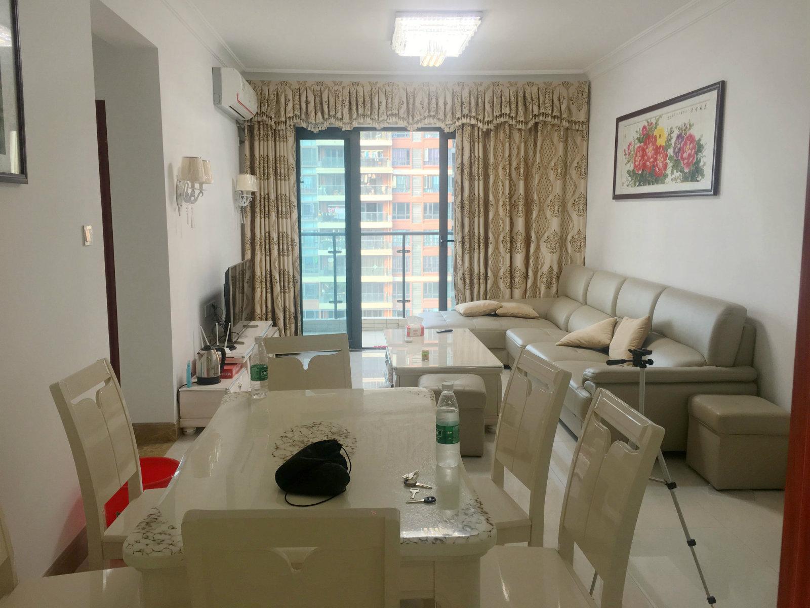 锦绣天伦13号线地铁口300米处 可入读官湖省级学位新装三房