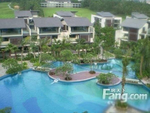 颐和高尔夫庄园独栋别墅 带400方地下室和300方花园 带私家游泳池