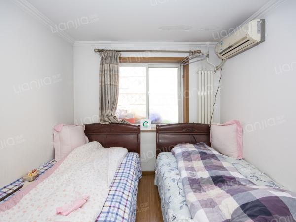 为你而选 展览路 南北三居室 户型方正 精装修