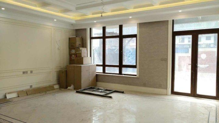龙湖双珑:独栋+自住装修+7米挑空+带电梯+全地暖新风