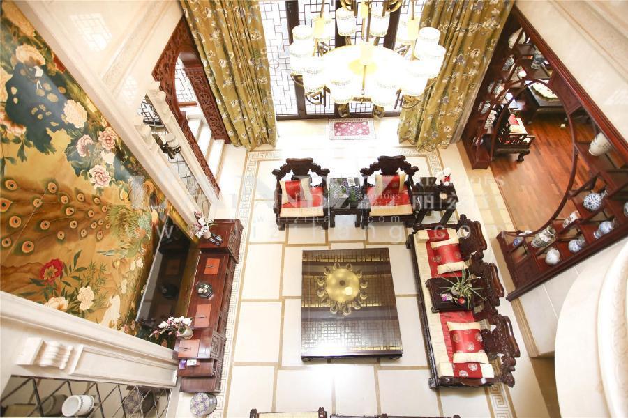 中国院子+中式风格+实际使用面积约1000平+已装修好+看房方便
