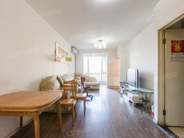 为你而选 京贸国际公寓 2室1厅 96平