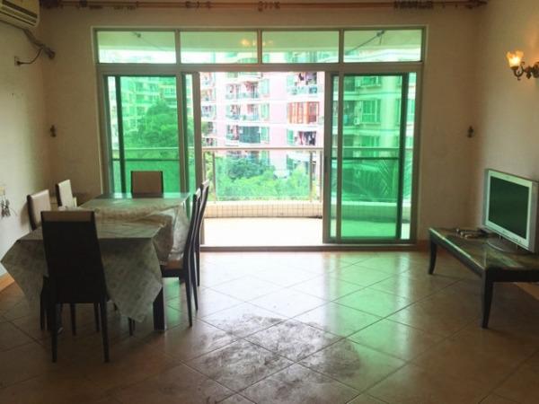 广州碧桂园 二期大两房四飘窗阳台正南3楼在卖!