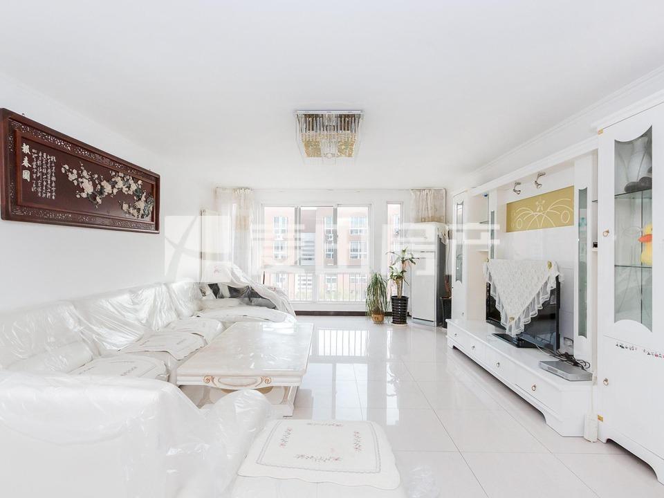 超大三居室,落地大窗,价格可大谈,接受换房,主做骊龙园