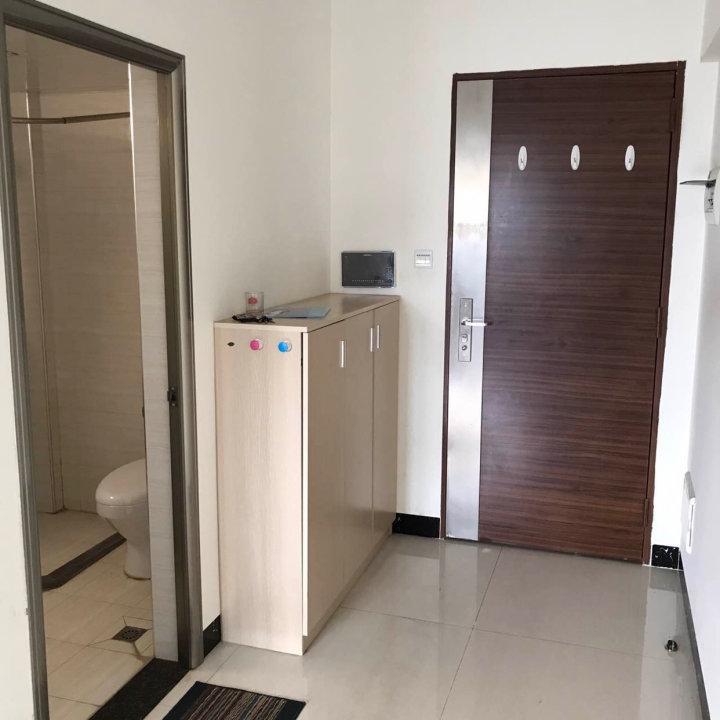 小北路 ,颐和雅轩,电梯中层两房一厅,售500万