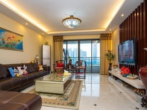 中海璟晖华庭 高层东南向四房 产权清晰 有图有真相 看房方便