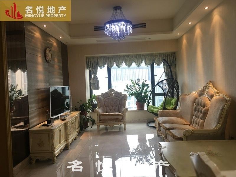 保利天悦 诚信房源 有证在手 实用三房 安静舒适 高层舒适