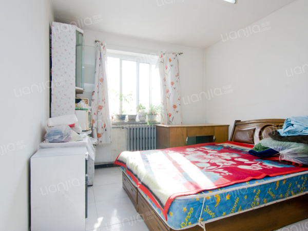 为你而选为你为家 正规两居室,南北向,采光好,诚心出售
