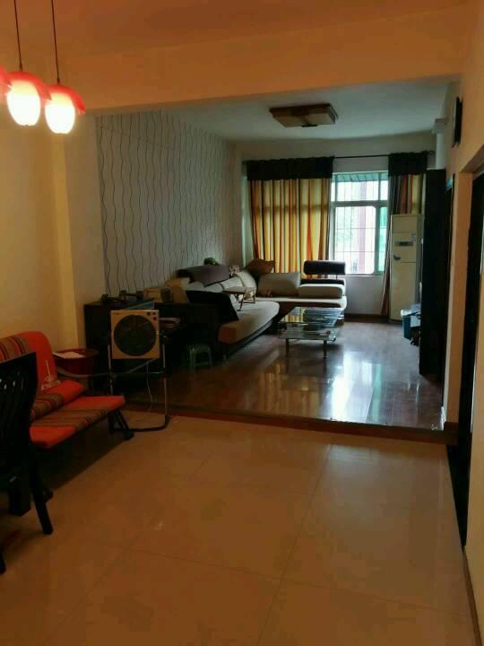 花都新区侨苑小区 3室2厅1卫 90平米