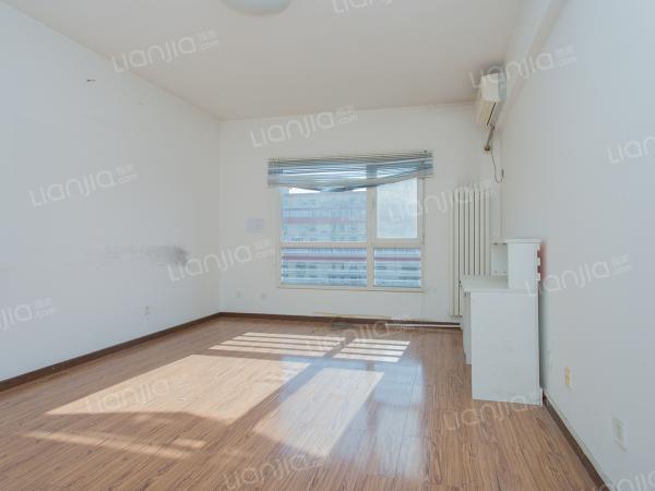 为你而选 学院派 南北三居室 看房方便 诚售