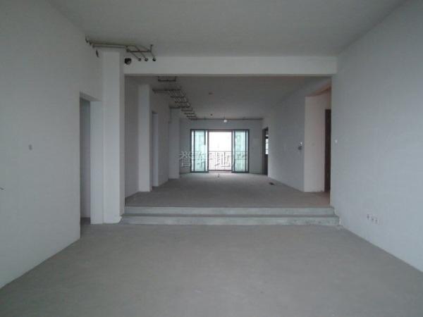 雅居乐剑桥郡剑桥汇274方流水平墅 跃式客厅 北望珠江南望园景