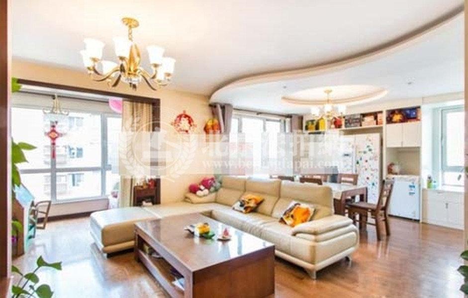 法拍房1683万拍卖领秀新硅谷联排别墅270平米单价6.2万