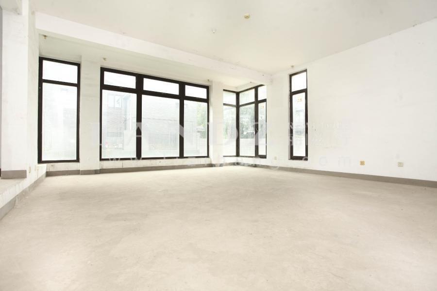 800平庭院 3个套房 7米挑空 同看西山美庐 龙湖颐和原著