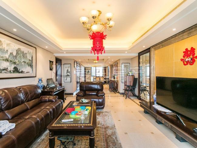 世茂奥临花园 3室出售 户型方正 南北通透朝向 双卧南 高楼层