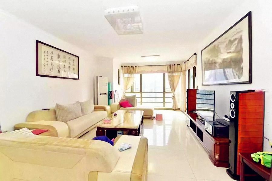 珠江新城 中海花城湾  南向三房 中层单位 望江景   带省学位