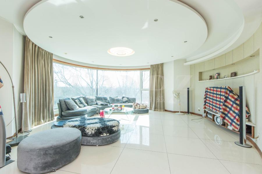 新出四居室+单价仅8.8万+东边户+直接观三期绿地无遮挡