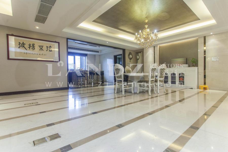 新出高层大五局+卧室南向6米面宽+私家电梯入户+四套房设计
