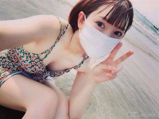百合大法好!日本YouTuber@丸の内OLレイナ遭流出60分钟女女摸摸片!